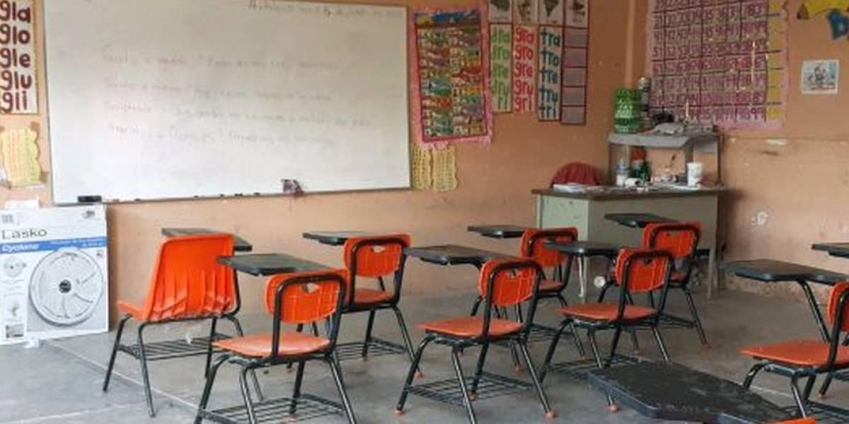 Miles de niños que toman clases por WhatsApp y Facebook en Guerrero por las amenazas del narco