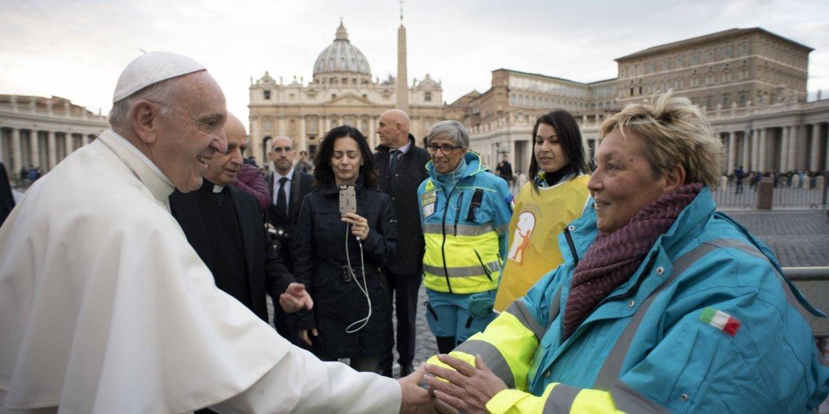 Papa Francisco: 'suspender tratamiento médico no equivale a la eutanasia'