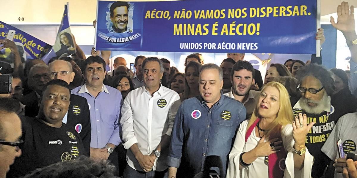 Apesar de recusa, PSDB mineiro quer Anastasia em 2018