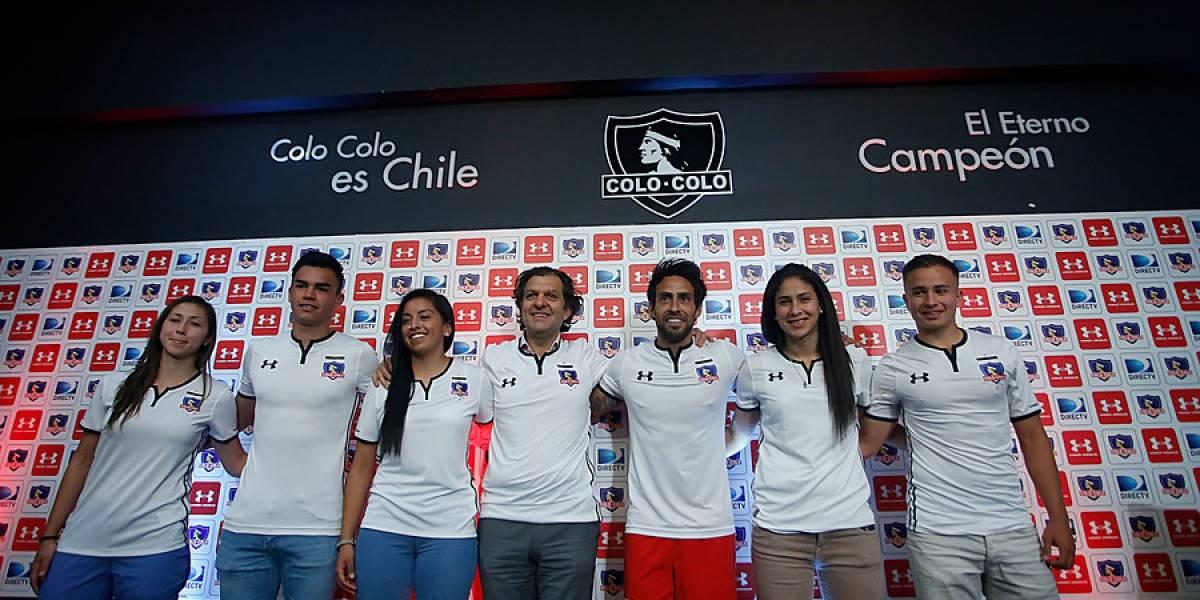Colo Colo presentó oficialmente su nueva camiseta y la venderá sin sponsor hasta fin de año