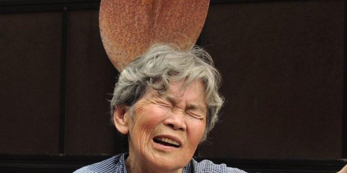 La abuela japonesa que todos aman por sus divertidos retratos y que es un fenómeno de Internet