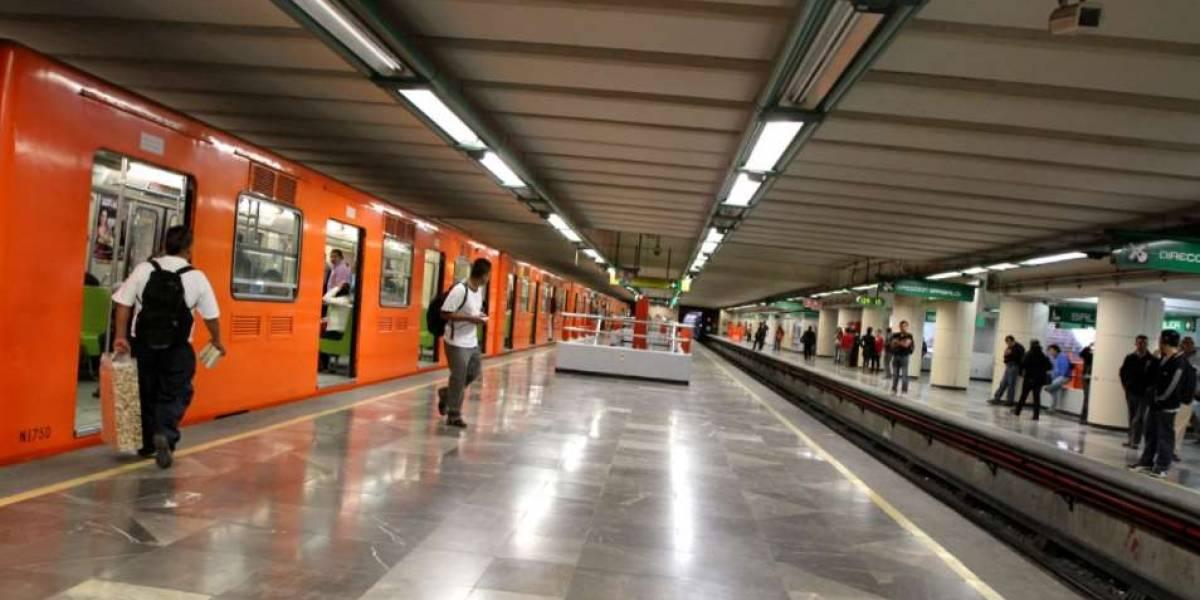 Hombre fallece en vagón del Metro; pensaron que iba dormido