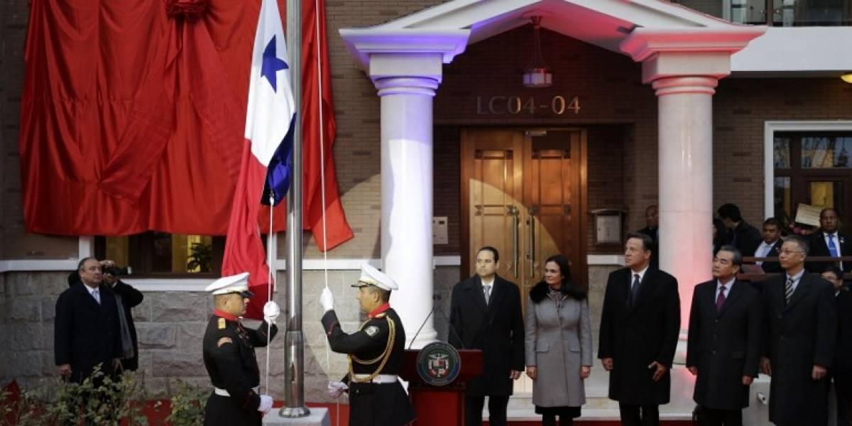 Panamá abre embajada en China tras cortar relaciones con Taiwán