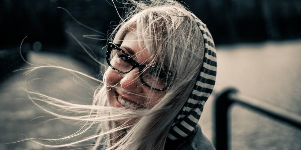 Atrévete a experimentar con gafas de diferentes estilos