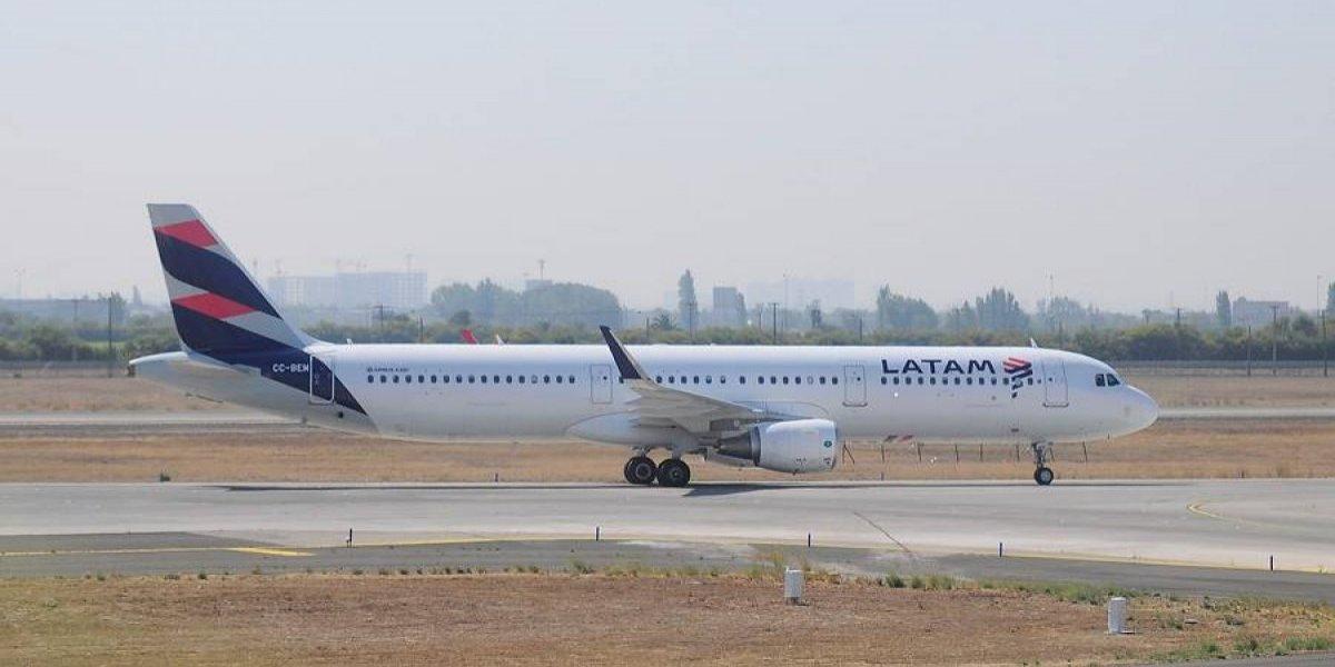 Multan a Latam en Nueva Zelanda por admitir a pasajero sin visado