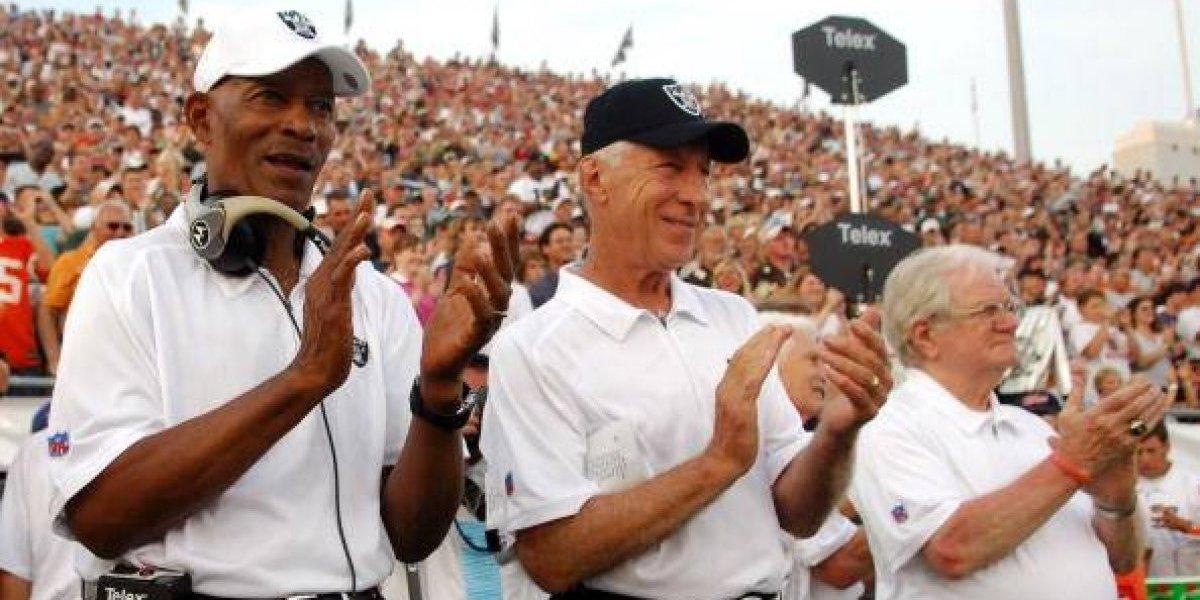Ex jugadores de los Raiders convivieron con aficionados de la CDMX