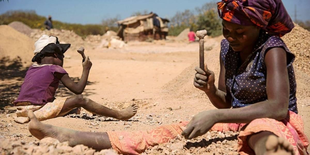 """El drama ignorado de Kavumu, el pueblo de la República Democrática del Congo donde cerca de 50 niñas fueron violadas durante 3 años """"para hacer magia negra"""""""