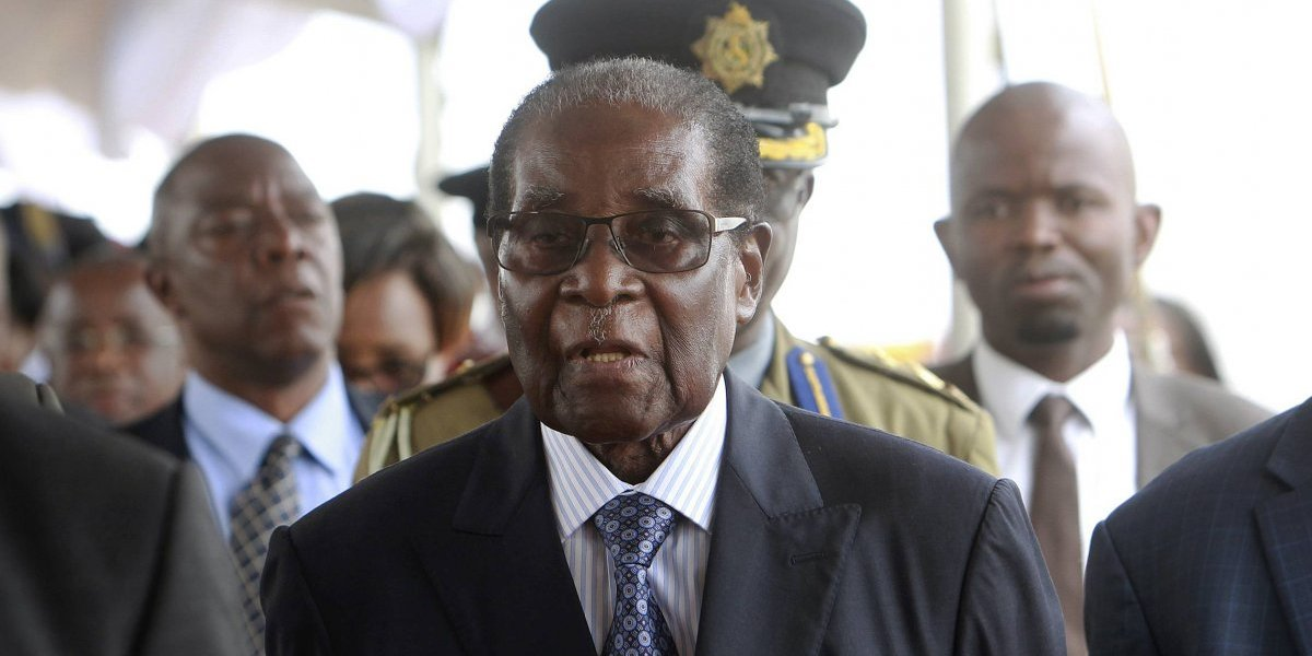 Robert Mugabe reaparece públicamente en Zimbabue
