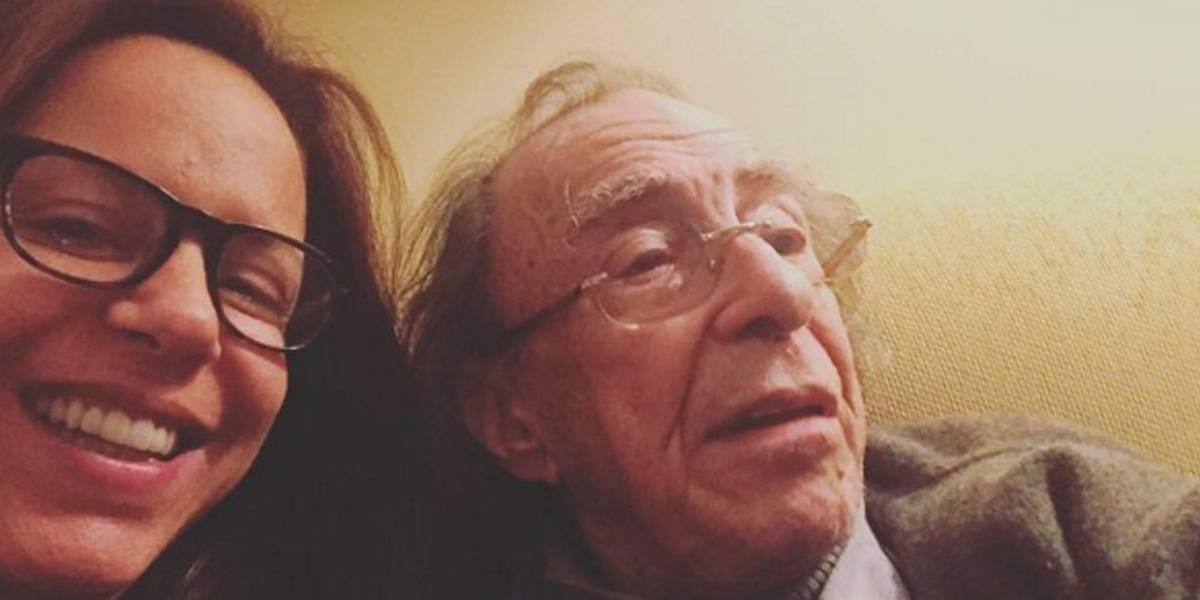 João Gilberto está em sérias dificuldades financeiras, conta sua filha Bebel Gilberto