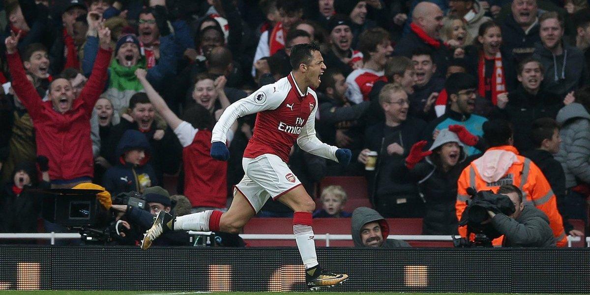 Arsenal resucita con triunfo clásico de la mano del goleador Alexis