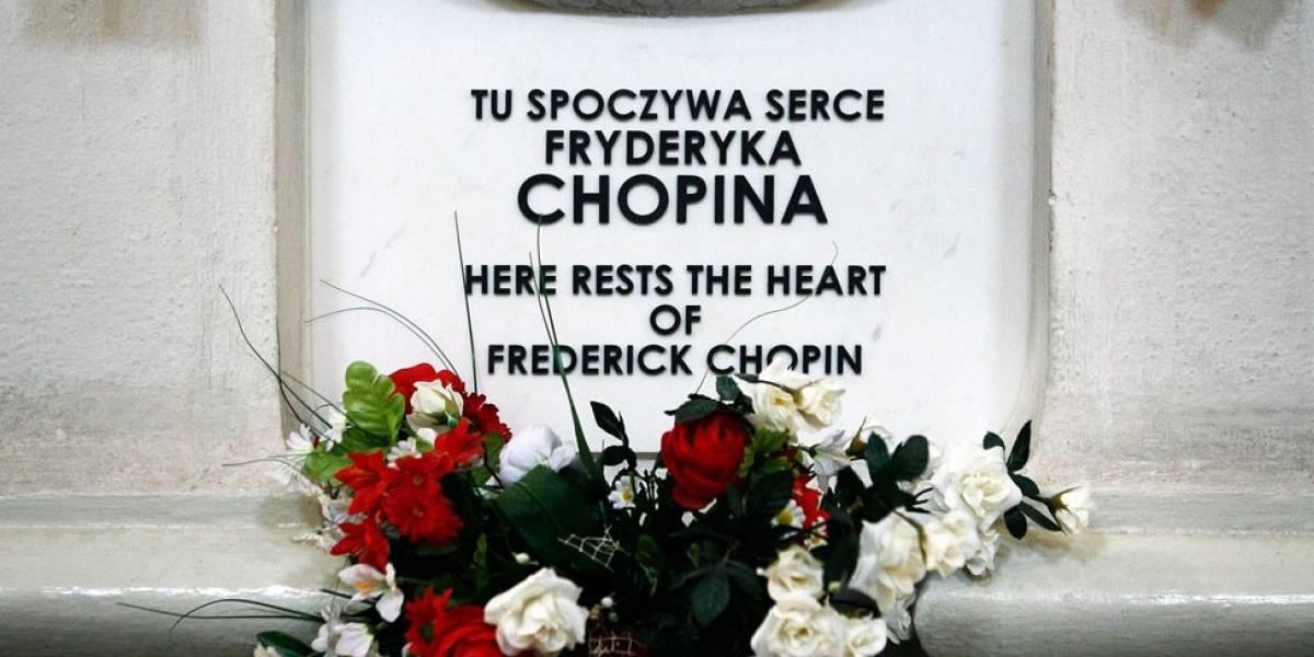 ¿Qué revela el examen del corazón del gran compositor Frederic Chopin que su hermana contrabandeó a Polonia en un frasco?