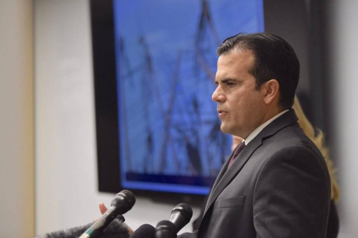 El gobernador se mostró confiado en el trabajo que realiza los empleados de la AEE.