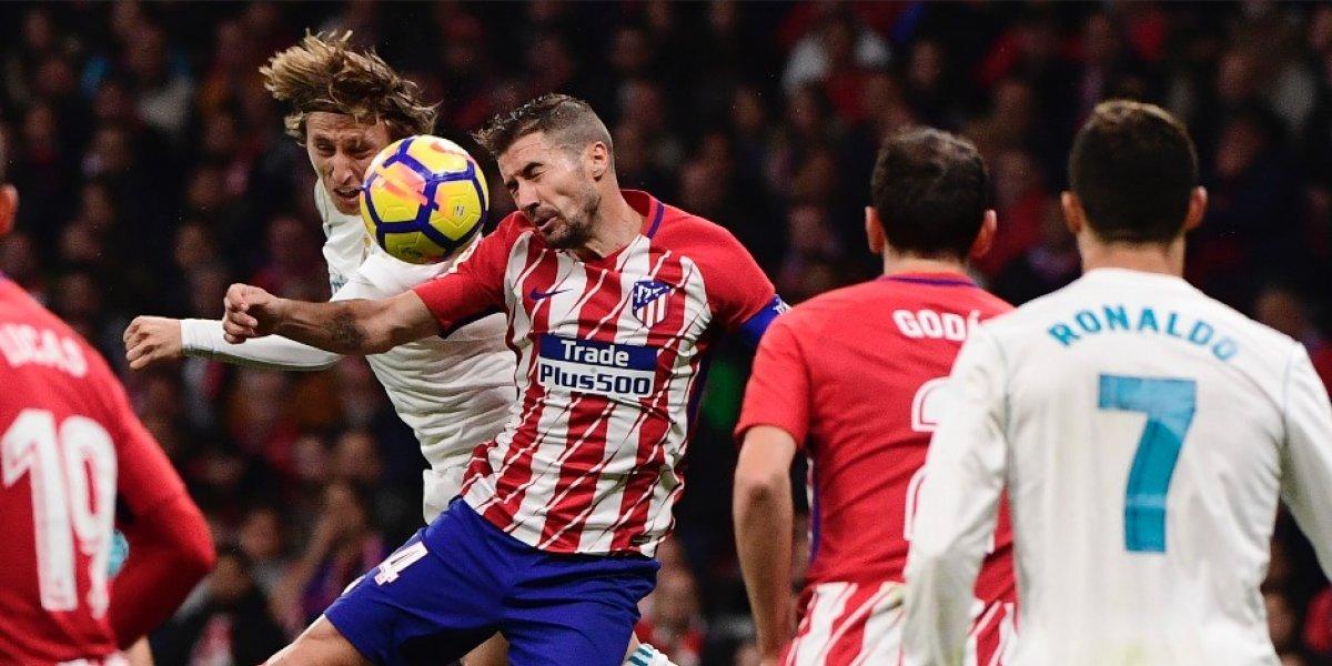 El derbi de Madrid termina sin goles y el Barça saca mucha ventaja