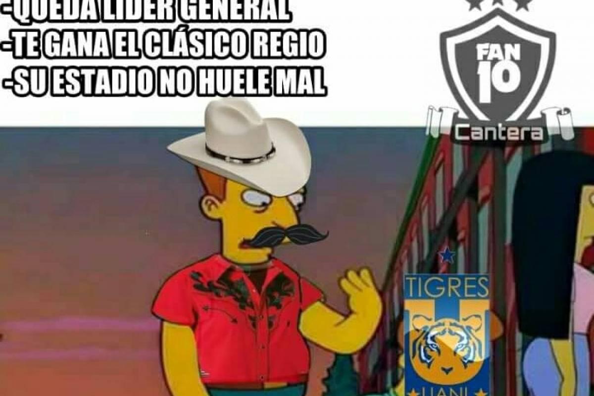 Memes Clásico regio Cortesía