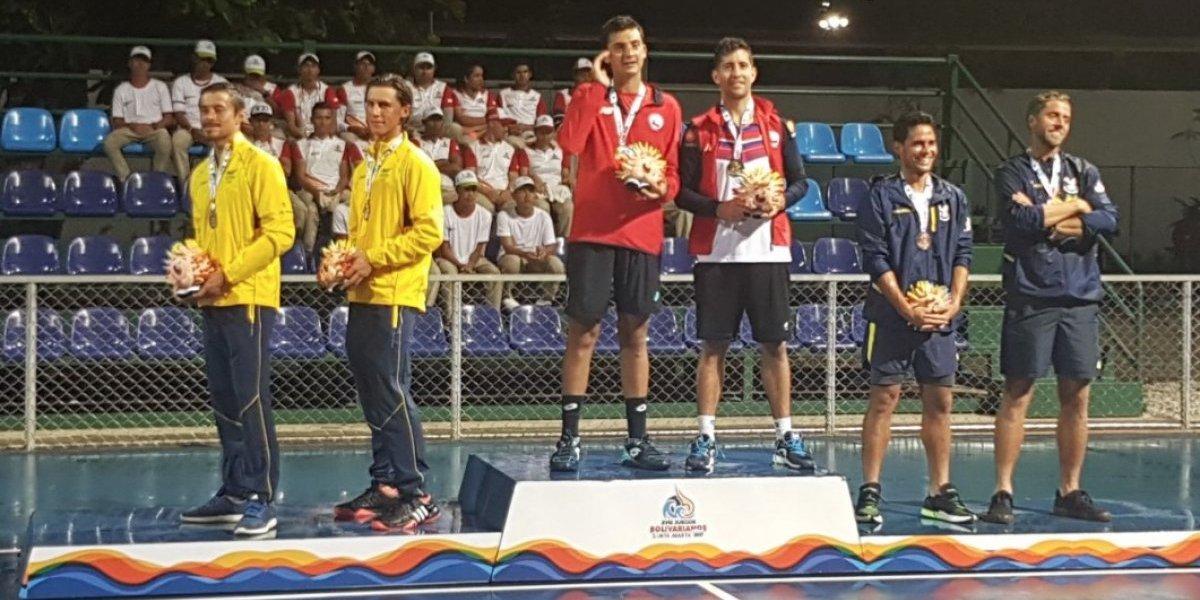 Dos de oro y una de bronce: las medallas chilenas en el tenis de los Juegos Bolivarianos