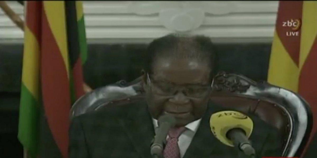 Zimbabue en la incertidumbre tras mensaje de Robert Mugabe; no renunció