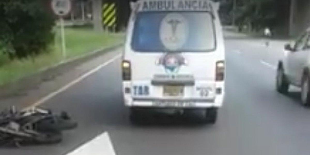 Policía habría impedido el trasladado de dos heridos en ambulancia