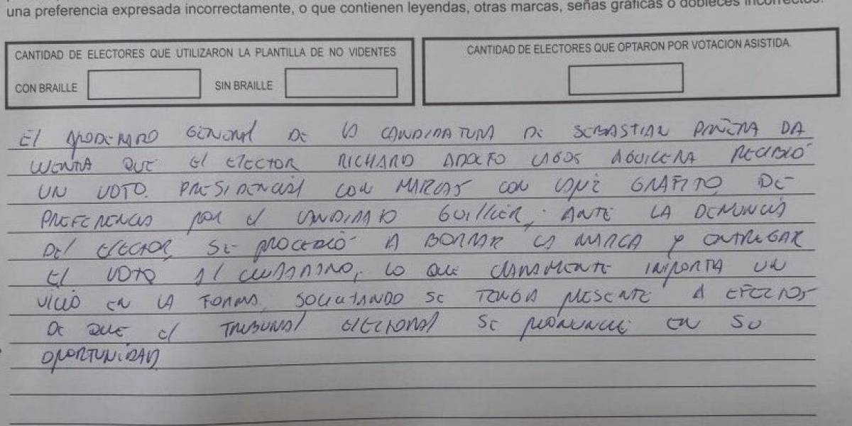 """Elecciones 2017: denuncian que elector recibió voto con """"trampa"""" marcado por Guillier en Punta Arenas"""