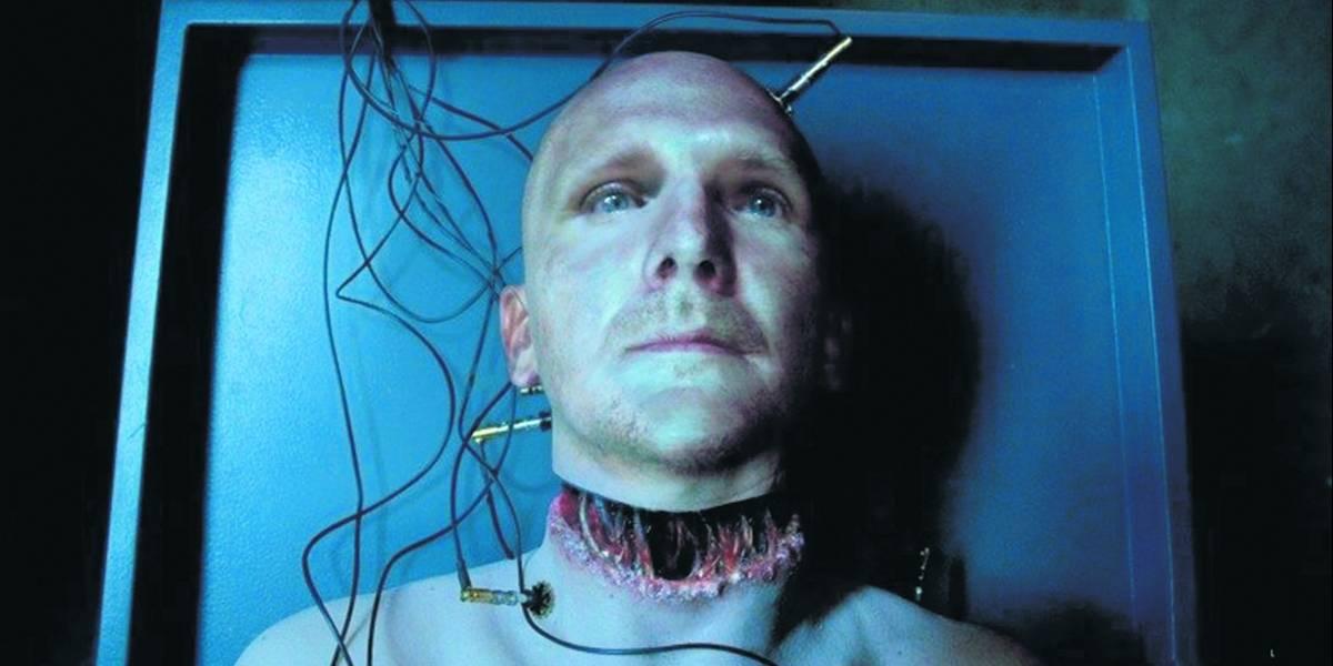 """Cirujanos realizan con """"éxito"""" el primer trasplante de cabeza en un cadáver"""