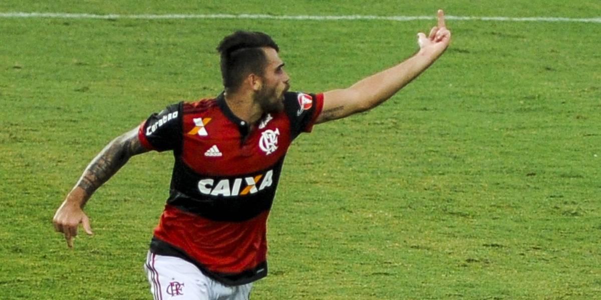 Flamengo atropela o Timão em jogo com desentendimento entre rubro-negros