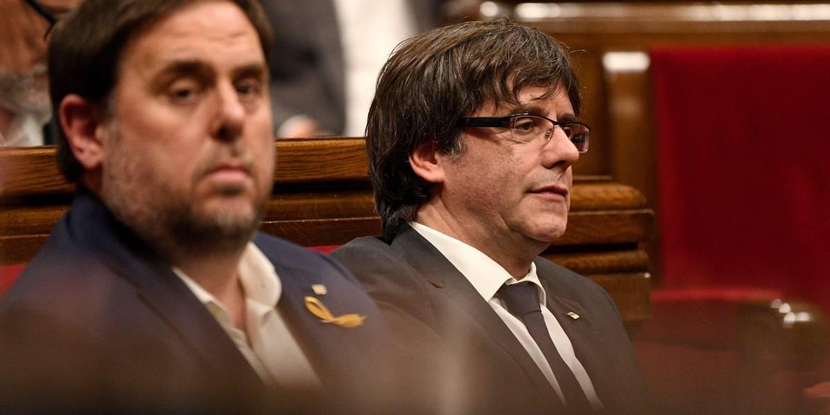 Puigdemont y un líder encarcelado, inscritos para rumbo a las elecciones en Cataluña