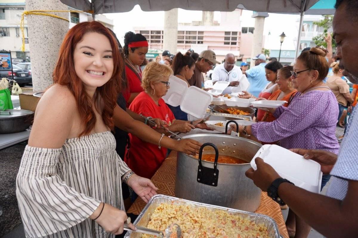 Comida de Acción de Gracias en Cataño