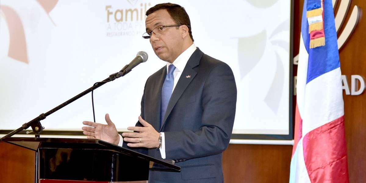 Ministro de Educación dice sin la integración de la familia a la escuela no habrá calidad educativa