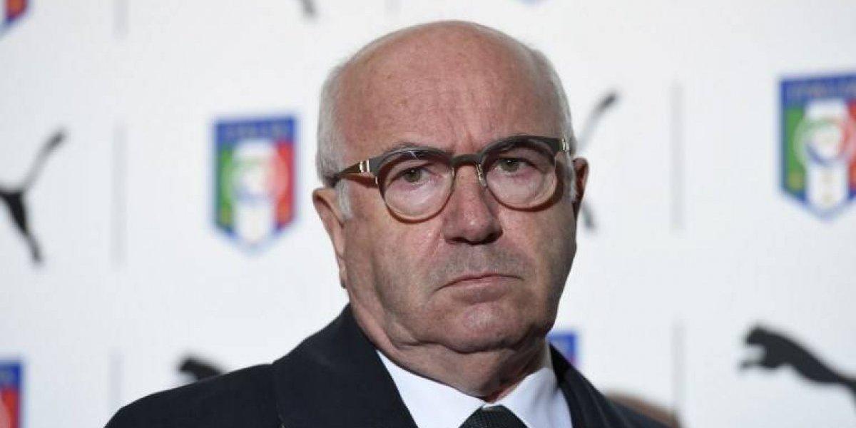 Dimite Carlo Tavecchio, presidente de la Federación Italiana de Fútbol