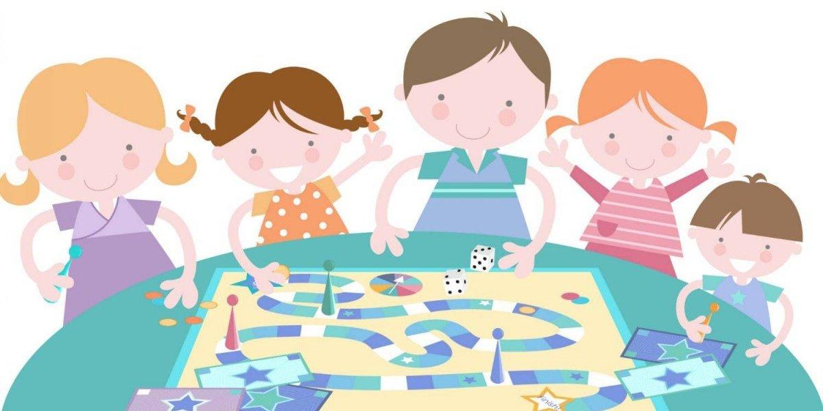 Nuestro Familia: Noche de juegos en Familia