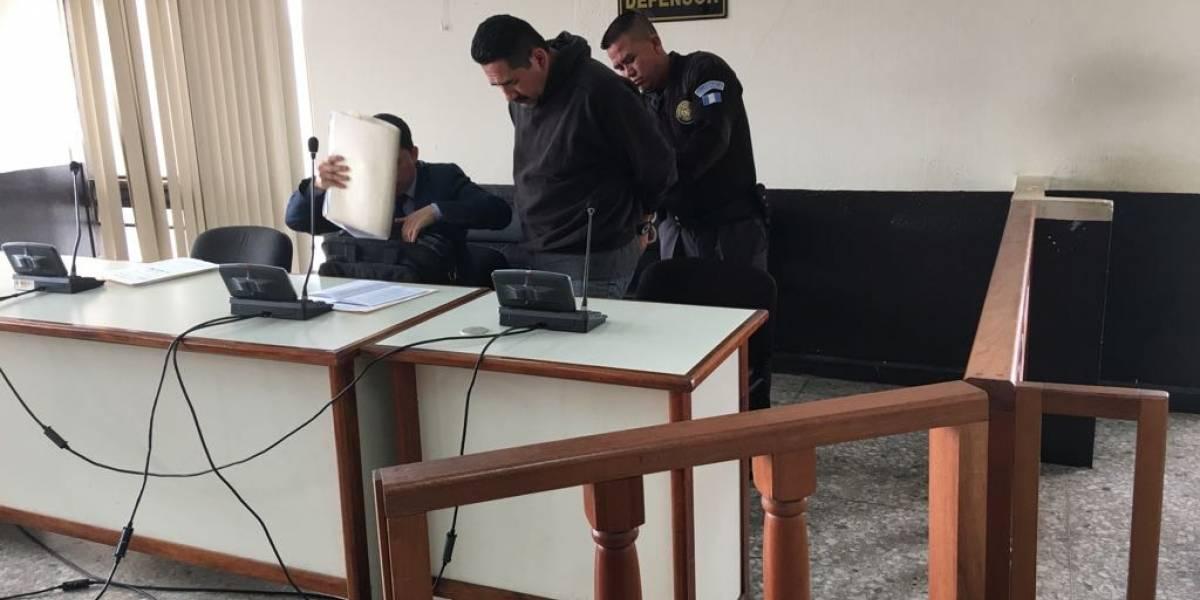 Expolicía es condenado por disparar a su vecino que iba en una ambulancia