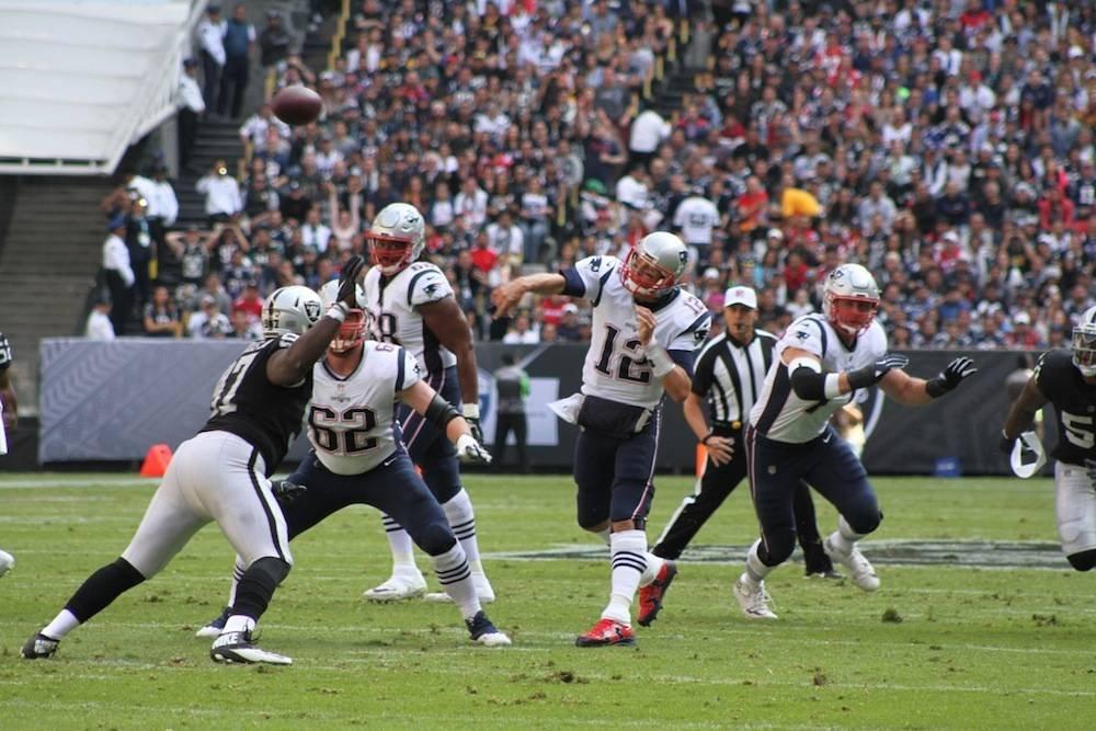 Gran partido de Tom Brady. /Nicolás Corte/Publimetro