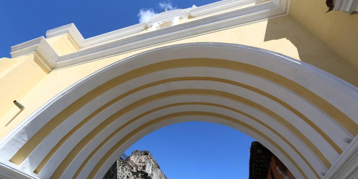 Arco de Santa Catalina en Antigua Guatemala es remozado