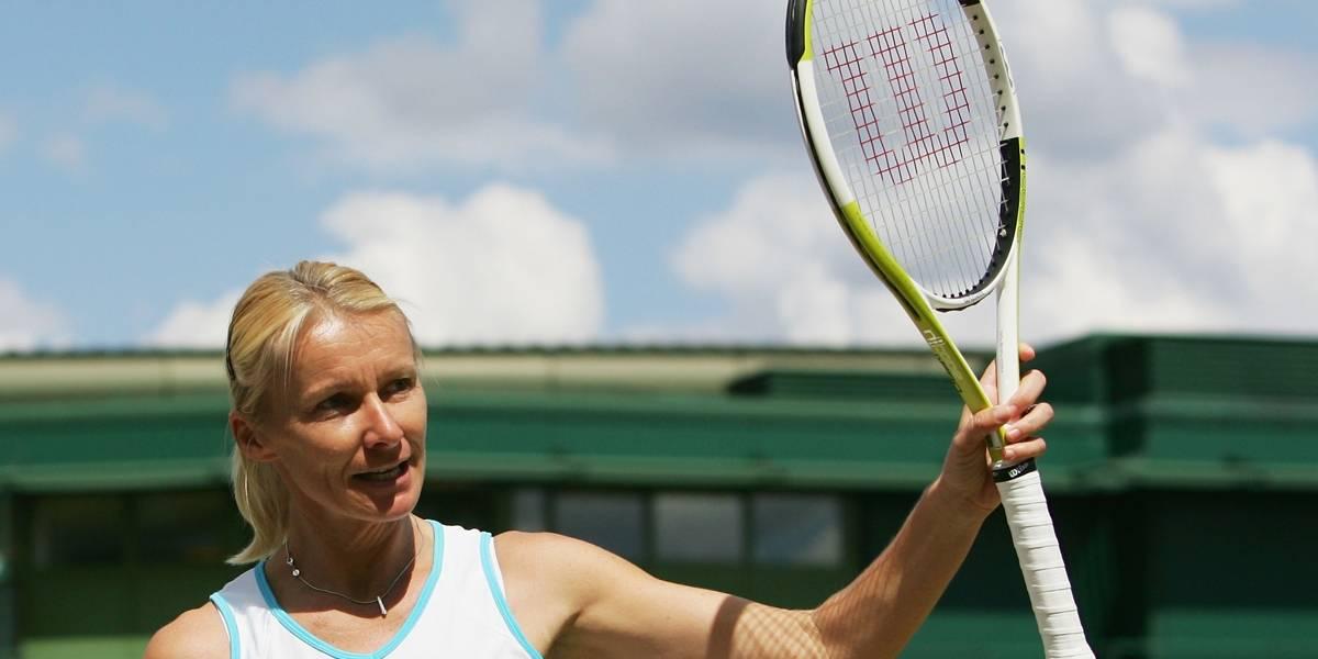 Novotna, campeã em Wimbledon, morre após batalha contra câncer