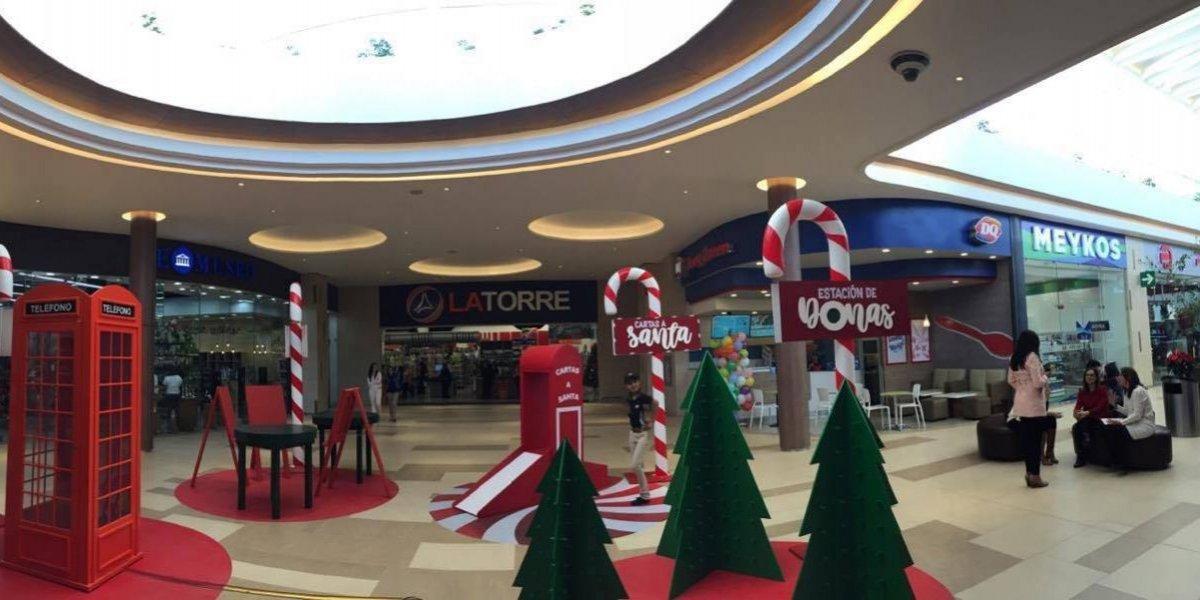 Más de 20 tiendas y un supermercado abren sus puertas en la nueva área de Portales