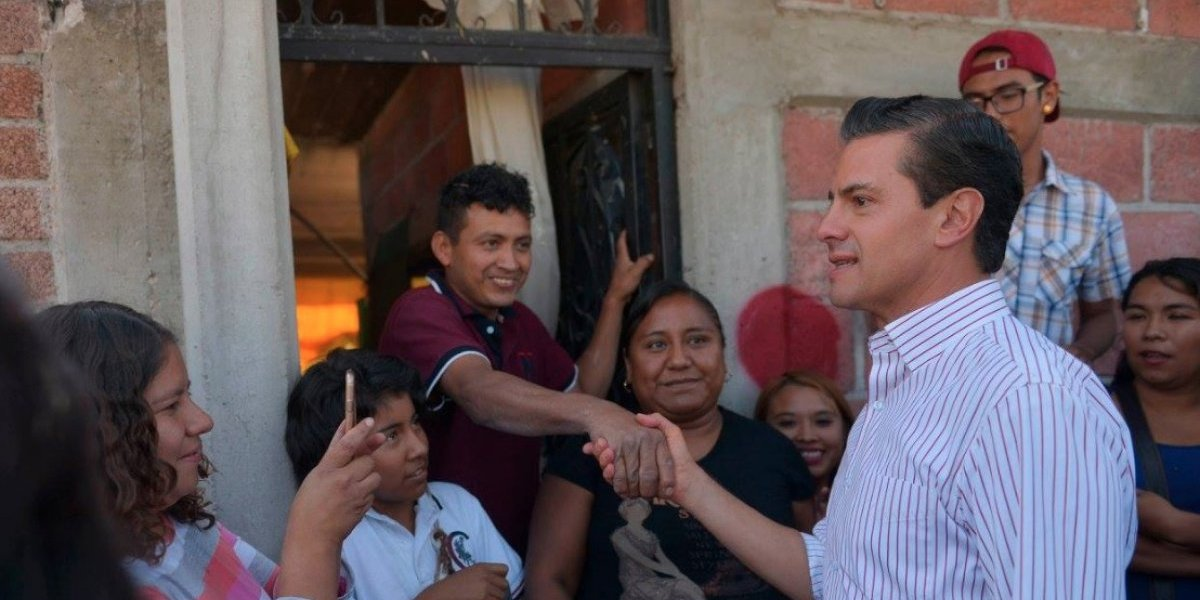 Van más de 82 mil apoyos a damnificados por sismos