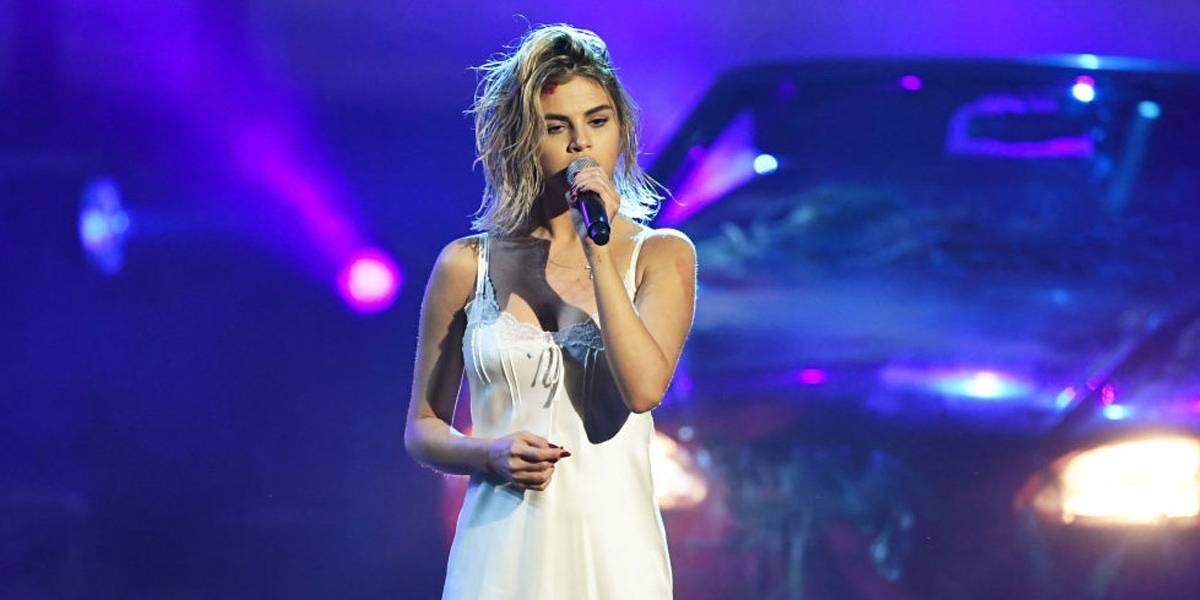 Selena Gomez lança vídeo para arrecadar fundos e ajudar a combater o coronavírus