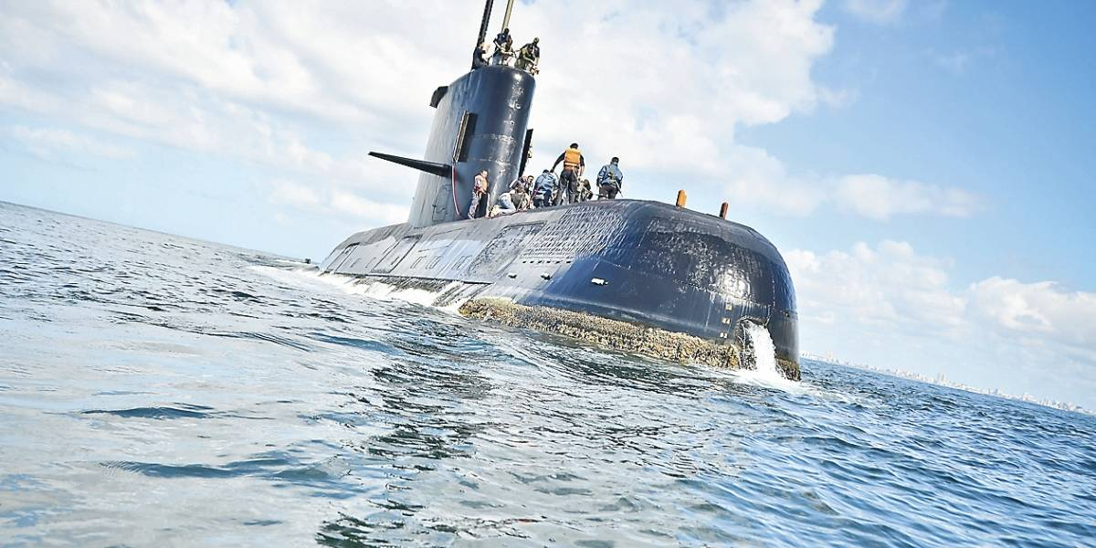 Incertidumbre en la búsqueda del submarino