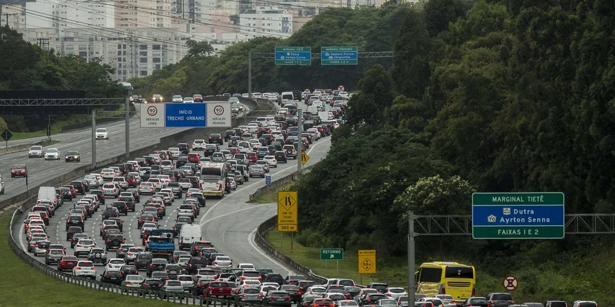 1,8 mi de carros deve deixar São Paulo no feriado