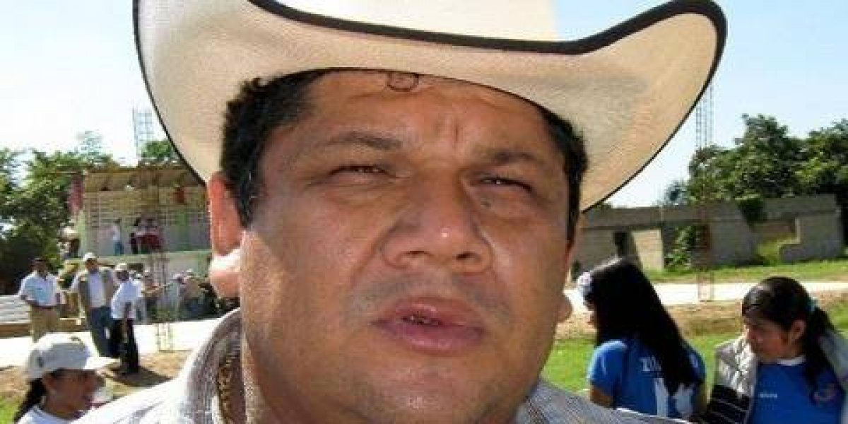 Comando armado asesina en su domicilio a alcalde electo de Hidalgotitlán, Veracruz