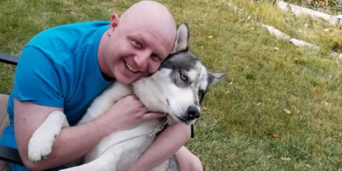 La increíble historia del hombre que descubrió que tenía cáncer testicular gracias a su perrito