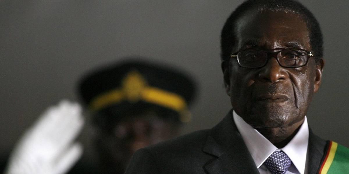 El inesperado final de Robert Mugabe, el héroe de la independencia de Zimbabue que se aferró al poder durante 37 años