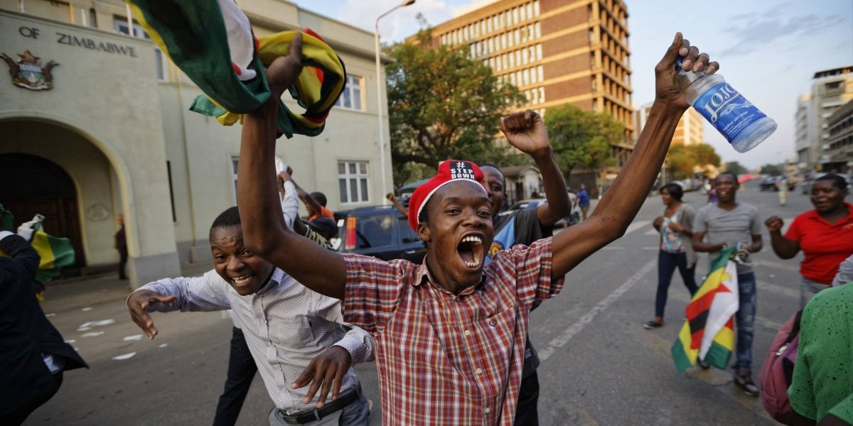 ¿Qué sigue en Zimbabue ante la renuncia de Robert Mugabe?