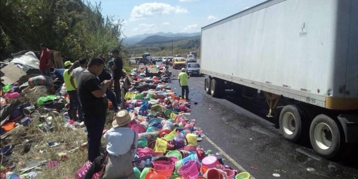 VIDEO. Accidente complica el paso en vuelta El Chilero, ruta a El Salvador