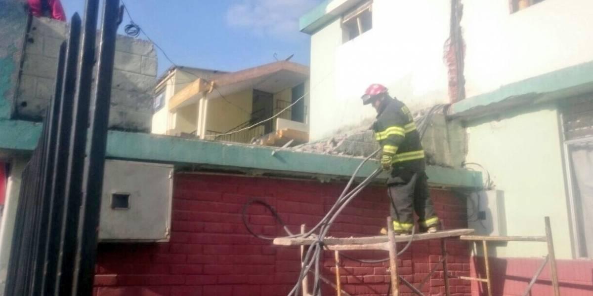 Un herido tras colapso de muro en el sector de La Concepción