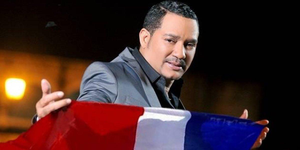 Frank Reyes presenta concierto en Surinam