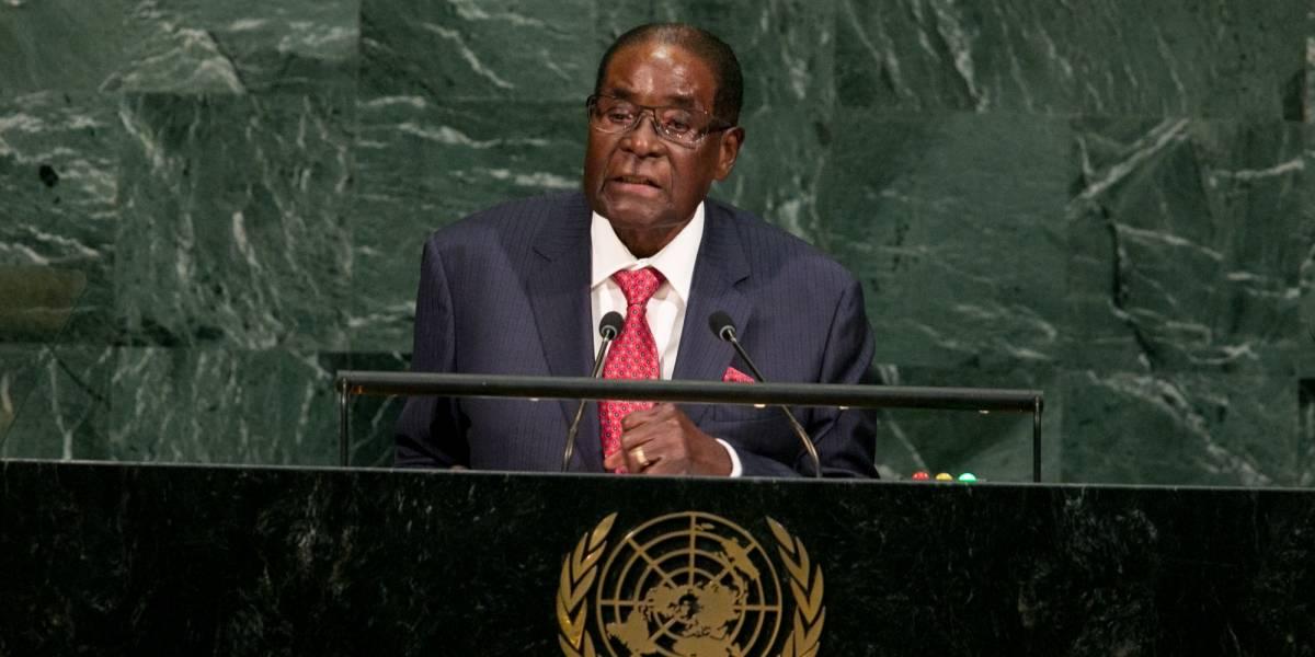 Robert Mugabe renunció como presidente de Zimbabwe