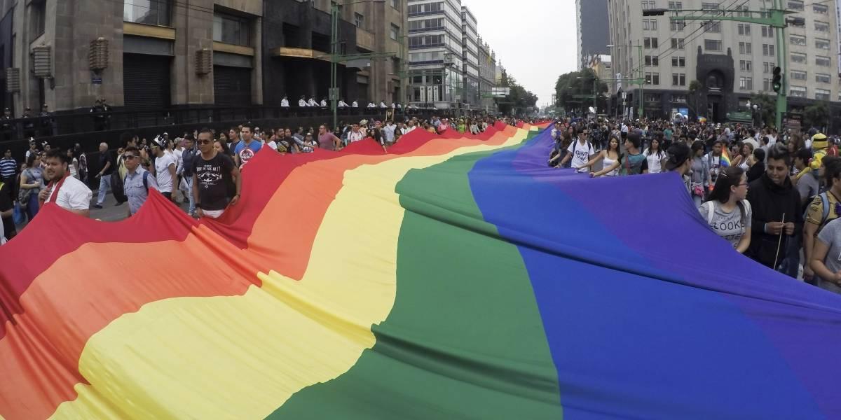 Comunidad LGBTTTI pide inclusión en agenda pública de CDMX