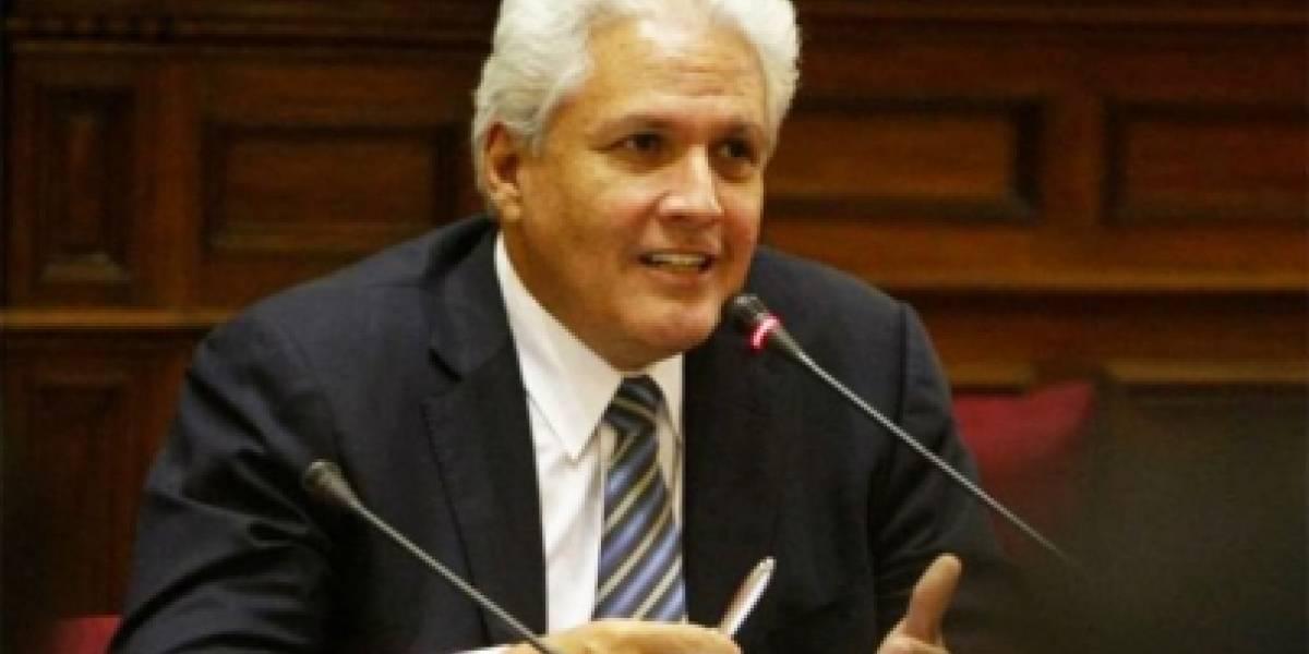 SIP condena que PAN utilice espacios pagados por el Estado para atacar a medio