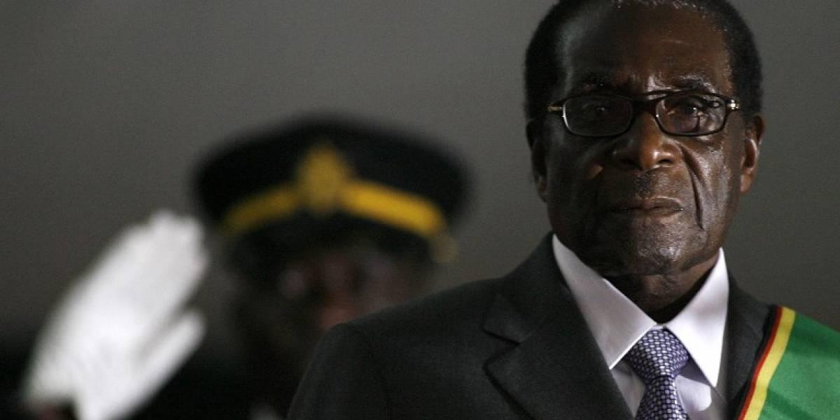 Renuncia el presidente de Zimbabue, Robert Mugabe