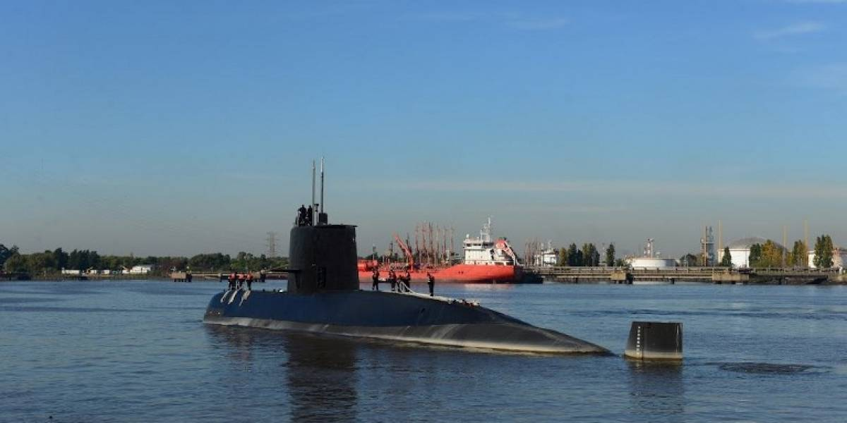 Continúa la angustiosa búsqueda del submarino argentino desaparecido